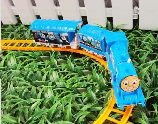 Bộ đồ chơi xe lửa Thomas train set